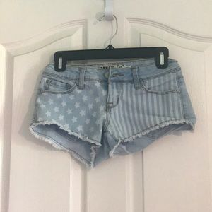 Jean shorts with cute design
